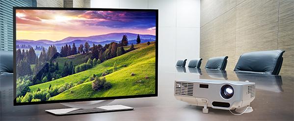 Monitore und Projektoren